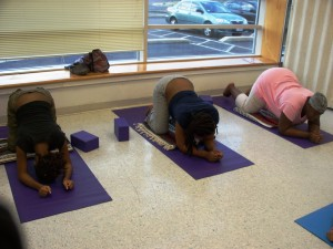 Pregnant mothers exercising
